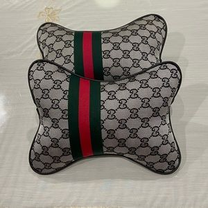 Gucci-style car head-rest
